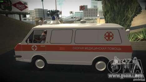 RAF 22031 ambulancia para GTA San Andreas left
