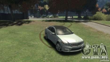 Mercedes Benz E63 AMG v2.0 para GTA 4 visión correcta