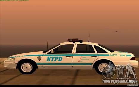 Ford Crown Victoria 1992 NYPD para GTA San Andreas left
