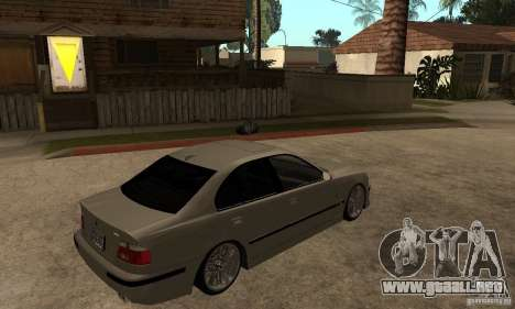 BMW E39 M5 Sedan para la visión correcta GTA San Andreas