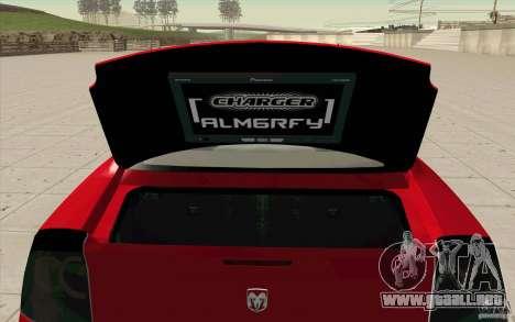 Dodge Charger RT 2010 para GTA San Andreas vista hacia atrás