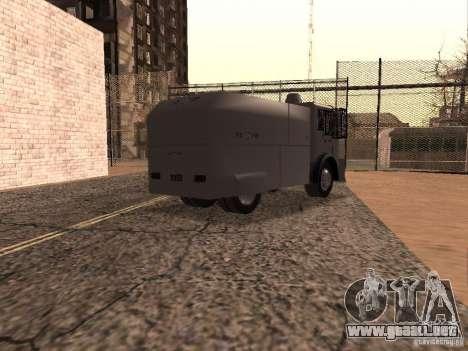 Un cañón de agua policía Rosenbauer para la visión correcta GTA San Andreas