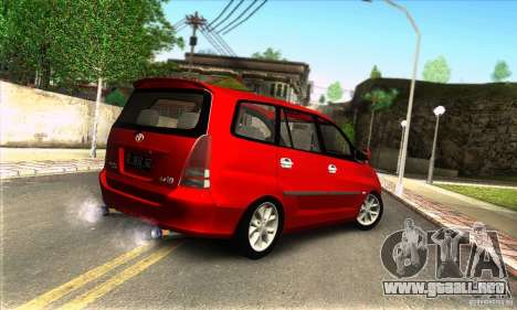 Toyota Kijang Innova 2.0 G para GTA San Andreas left