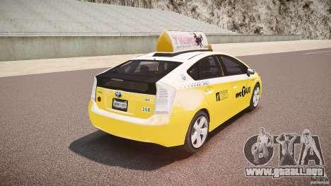 Toyota Prius NYC Taxi 2011 para GTA 4 vista desde abajo