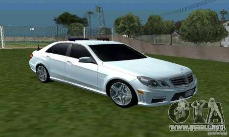 Mercedes-Benz E63 DPS para GTA San Andreas vista hacia atrás