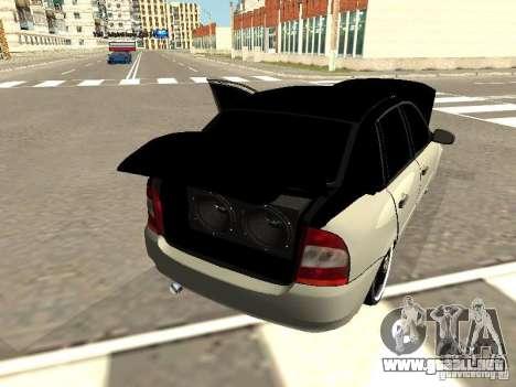 Lada Kalina para GTA San Andreas vista hacia atrás