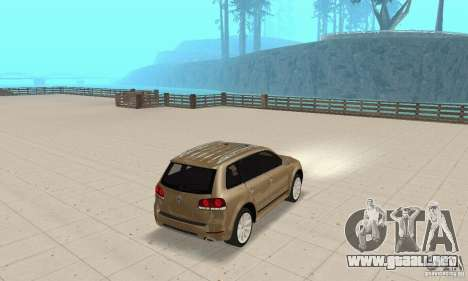 Volkswagen Touareg 2008 para GTA San Andreas left
