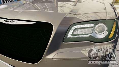 Chrysler 300 SRT8 2012 para GTA 4 vista hacia atrás