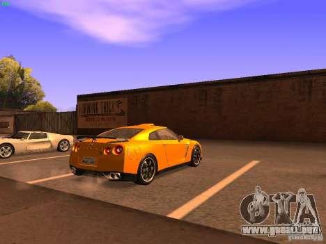 Nissan GT-R SpecV Black Revel para GTA San Andreas vista posterior izquierda