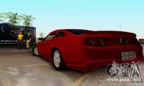 Ford Mustang 2010 para GTA San Andreas left