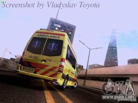 Mercedes-Benz Sprinter Ambulance para la visión correcta GTA San Andreas