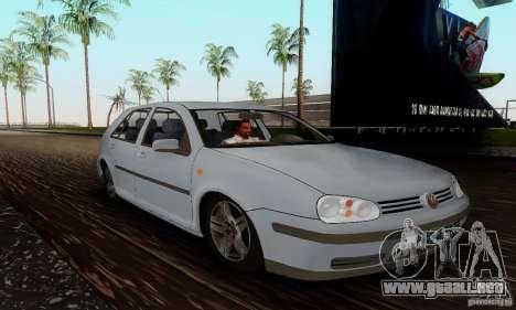 Volkswagen Golf 4 1.6 para la visión correcta GTA San Andreas