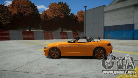 BMW Z4 sDrive 28is para GTA 4 Vista posterior izquierda