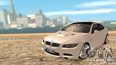 BMW M3 E92 para GTA San Andreas vista posterior izquierda