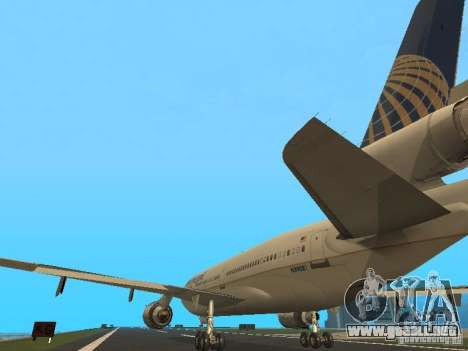 McDonell Douglas DC10 Continental Airlines para GTA San Andreas vista posterior izquierda