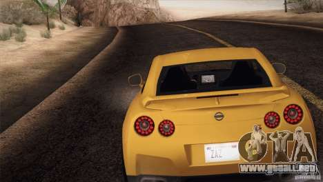 Nissan GTR Black Edition para GTA San Andreas left