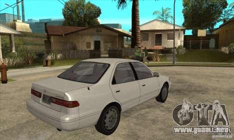 Toyota Camry 2.2 LE 1997 para la visión correcta GTA San Andreas