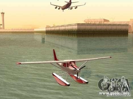 Cessna 152 opción del agua para GTA San Andreas vista posterior izquierda