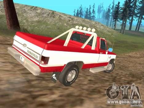 Chevrolet Silverado 2500 para GTA San Andreas left