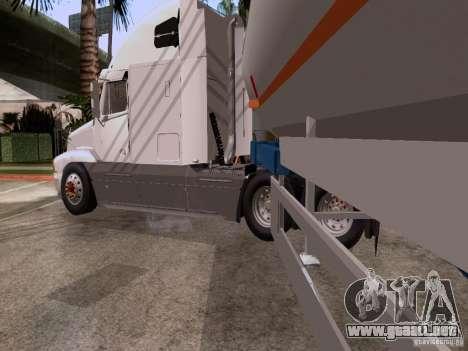 Freightliner Century para GTA San Andreas vista posterior izquierda