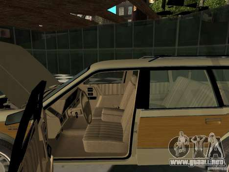 Oldsmobile Cutlass Cruiser 1993 para GTA San Andreas vista hacia atrás