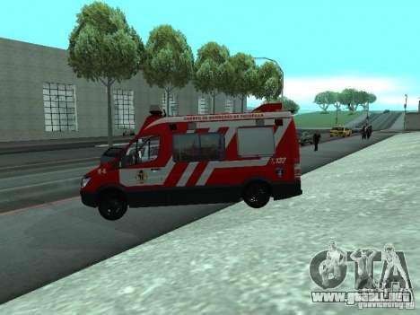 Mercedes-Benz Sprinter R-4 para GTA San Andreas left