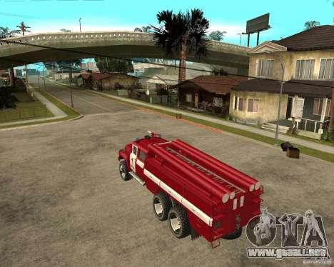 Fuego ZIL 133GÂ AC para GTA San Andreas left