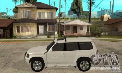 Nissan Patrol 2005 para GTA San Andreas left