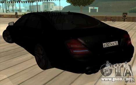 Mercedes-Benz S65 AMG con luces intermitentes para vista lateral GTA San Andreas