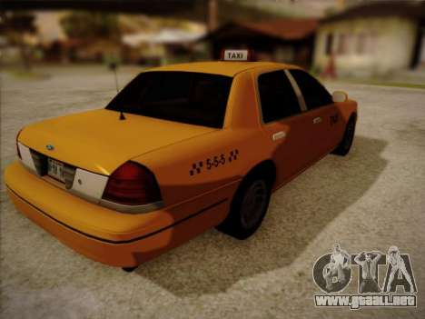 Ford Crown Victoria Taxi 2003 para GTA San Andreas left