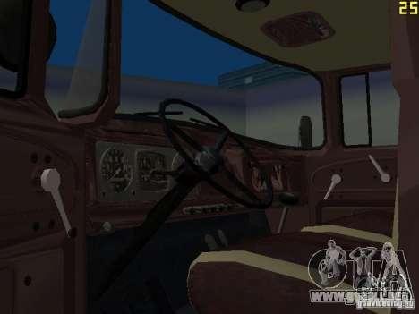MMZ ZIL 130 4502 para GTA San Andreas vista posterior izquierda