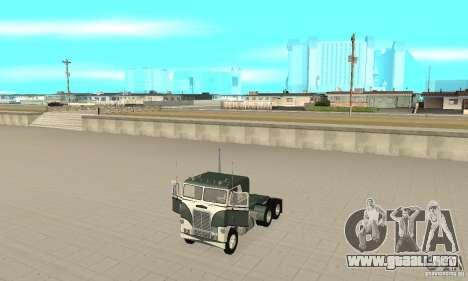 White Freightlinner 1966 para GTA San Andreas vista hacia atrás