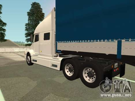 Volvo VNL para GTA San Andreas vista posterior izquierda