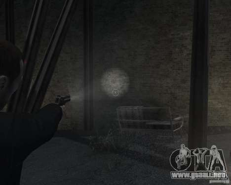 Flashlight for Weapons v 2.0 para GTA 4 adelante de pantalla