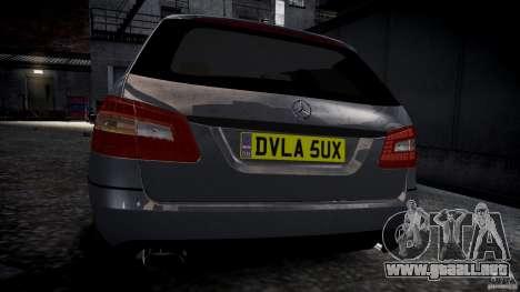 Carro Mercedes E-Class para GTA 4 visión correcta