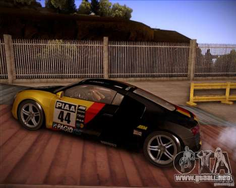 Audi R8 Shift para vista lateral GTA San Andreas