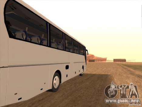 MAN Lions Coach para GTA San Andreas left