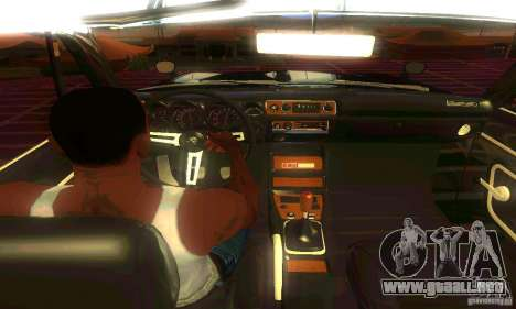 Nissan Skyline 2000-GTR para GTA San Andreas vista hacia atrás