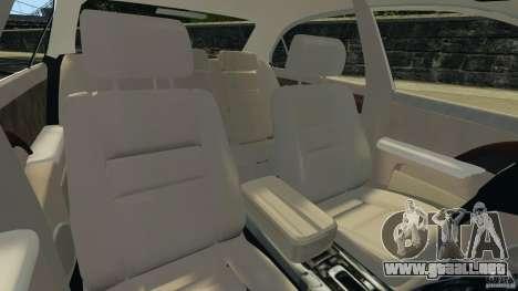 Honda Acura RL para GTA 4 vista hacia atrás