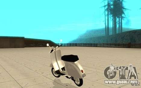 GTAIV EFLC Faggio Classic para GTA San Andreas vista posterior izquierda