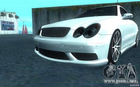 Mercedes-Benz CLK55 AMG para GTA San Andreas left