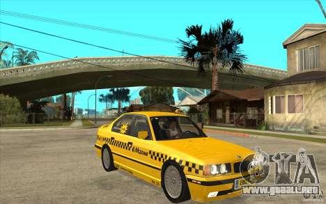 BMW 525tds E34 Taxi para GTA San Andreas vista hacia atrás