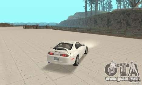 Toyota Supra 1998 stock para GTA San Andreas left