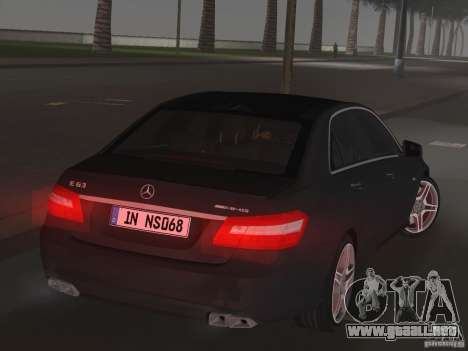 Mercedes-Benz E63 AMG para GTA Vice City vista posterior