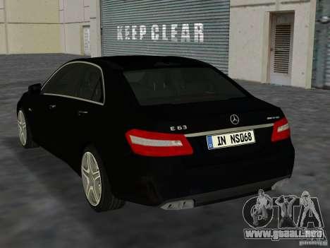 Mercedes-Benz E63 AMG para GTA Vice City visión correcta