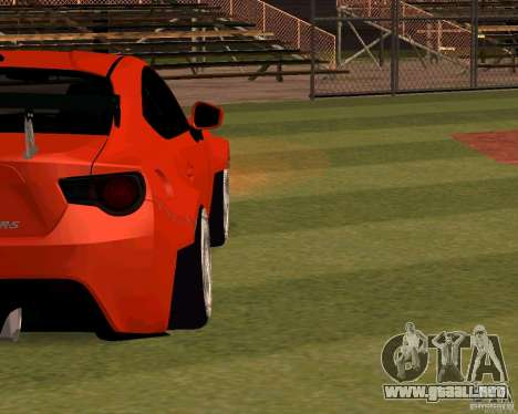 Scion FR13 para visión interna GTA San Andreas