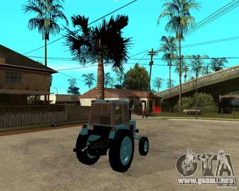 Tractor Belarus 80.1 y remolque para GTA San Andreas vista posterior izquierda