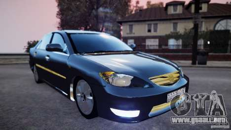 Toyota Camry 2004 para GTA 4 vista hacia atrás