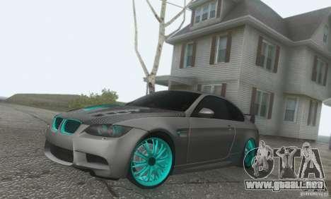 BMW M3 E92 Hellaflush v1.0 para la visión correcta GTA San Andreas
