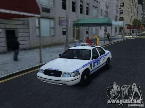Ford Crown Victoria NYPD 2012 para GTA 4 vista interior